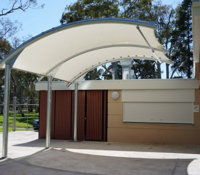 Cantilever shade structure - Weathersafe